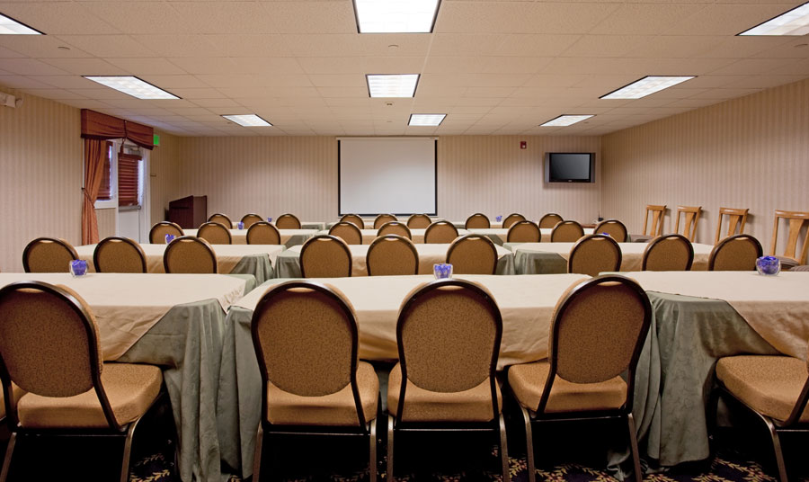 Holiday Inn Express & Suites Paso Robles Meeting Space
