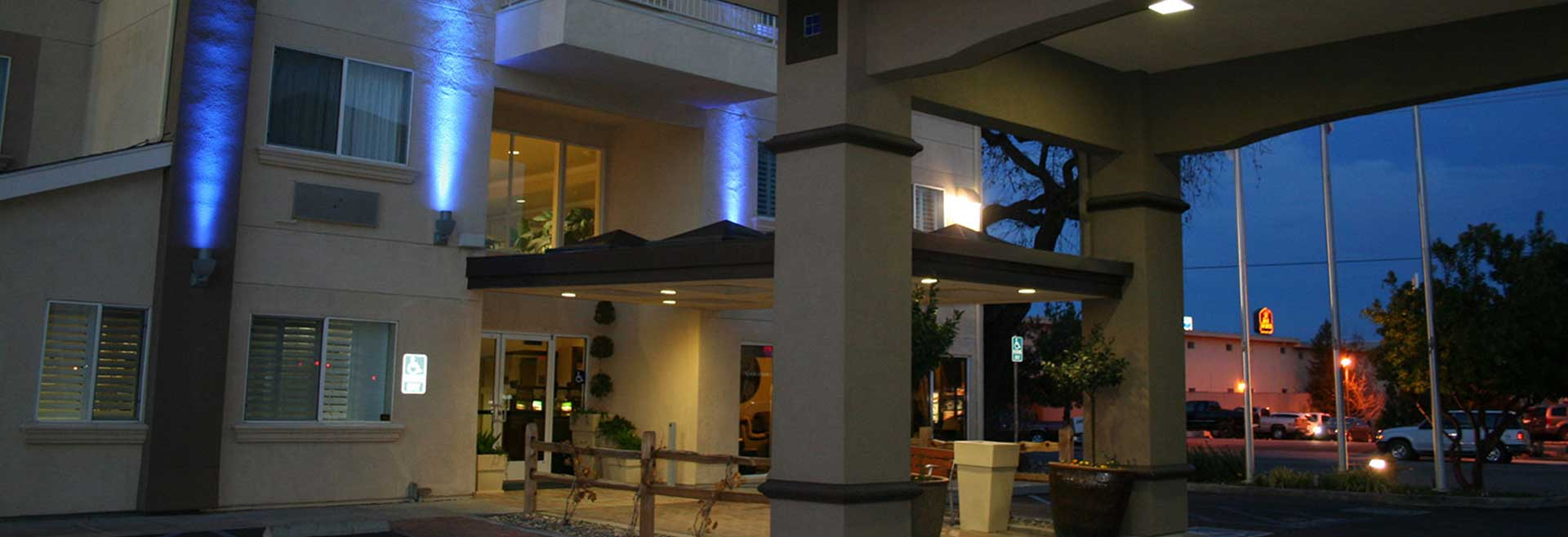 Holiday Inn Express Hotel & Suites - Paso Robles, California