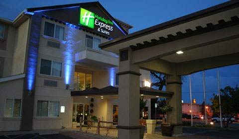 Location of Holiday Inn Express Hotel & Suites - Paso Robles